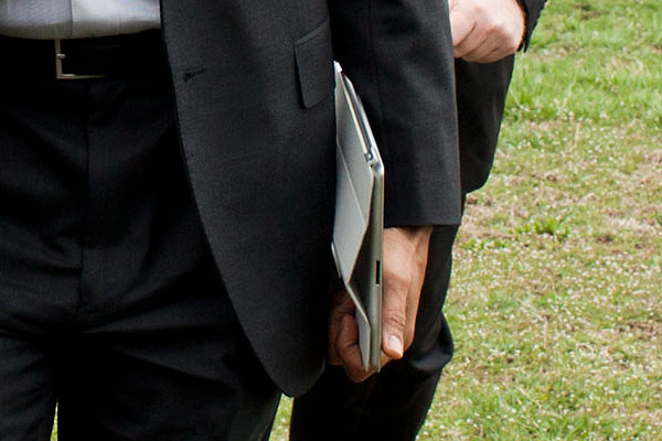 Barack Obama com iPad 2 e Smart Cover