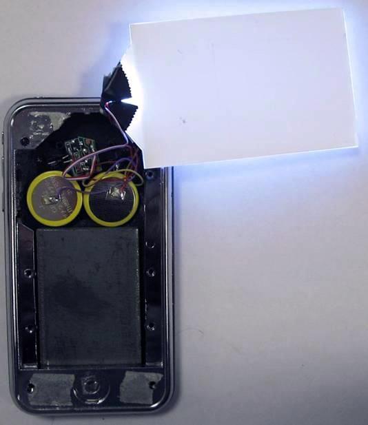 iPhone falso com logo da Apple