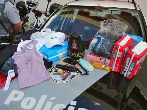 Objetos recuperados pela polícia