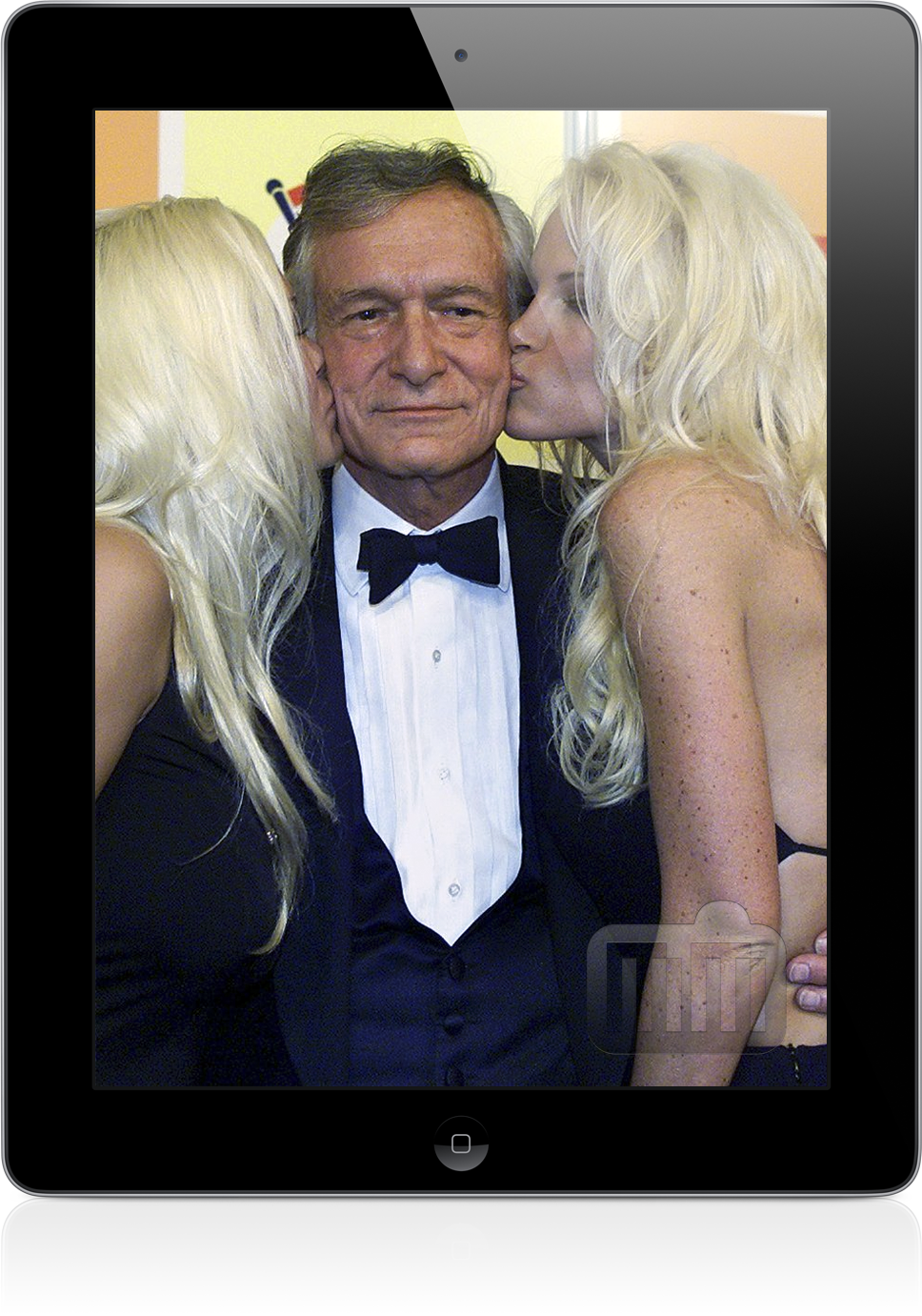 Playmates e Hugh Hefner num iPad