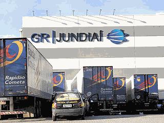 Carretas da Rapidão Cometa na GR Jundiaí - Cristina Hautz