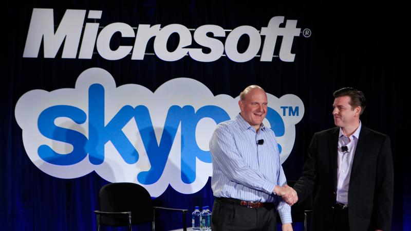 Steve Ballmer e Tony Bates - Microsoft e Skype