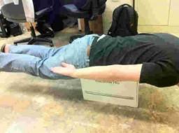 Planking em Apple Retail Store