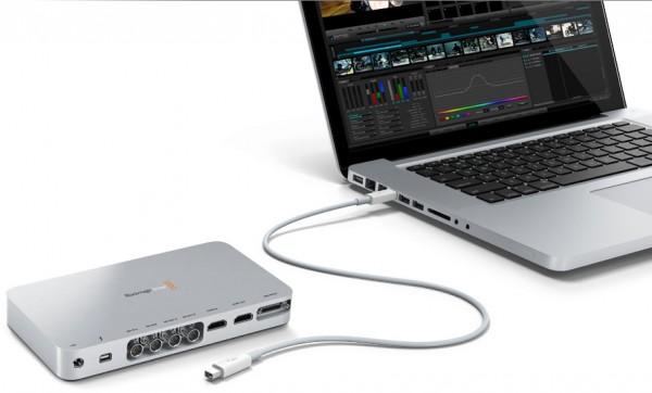 Blackmagic Design - UltraStudio 3D com MacBook Pro