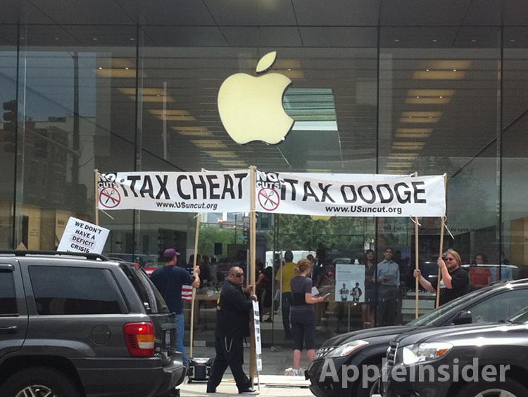 Protesto contra lobbying em frente a Apple Retail Store