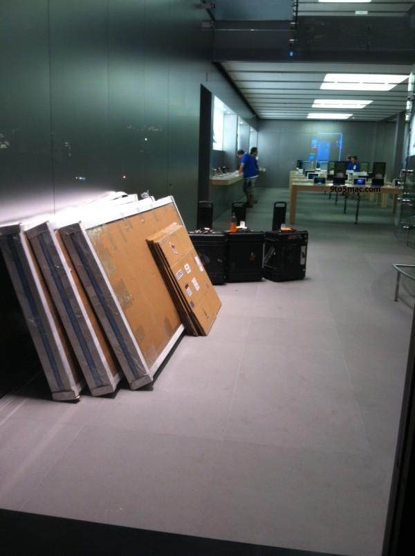 Loja da Apple se preparando pro Lion