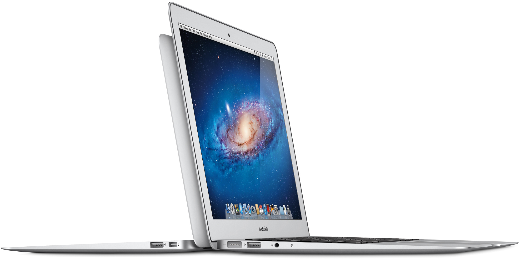 Novos MacBooks Air de lado com OS X Lion