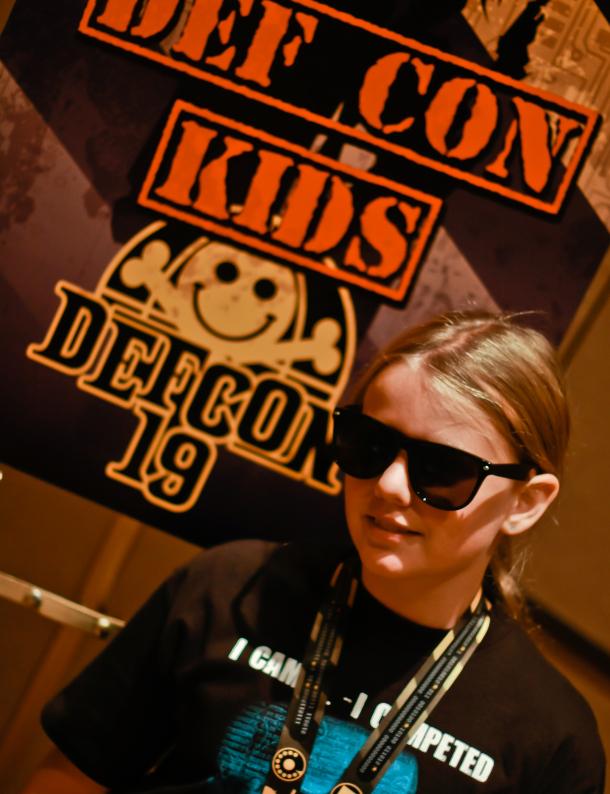 CyFi na DefCon Kids - Seth Rosenblatt CNET