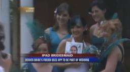 Dama de honra participando de casamento via iPad e FaceTime