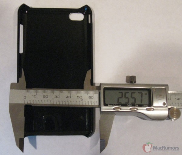 Medindo suposta case para iPhone 5
