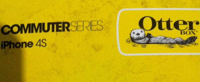 Embalagem da Otterbox para case de iPhone 4S