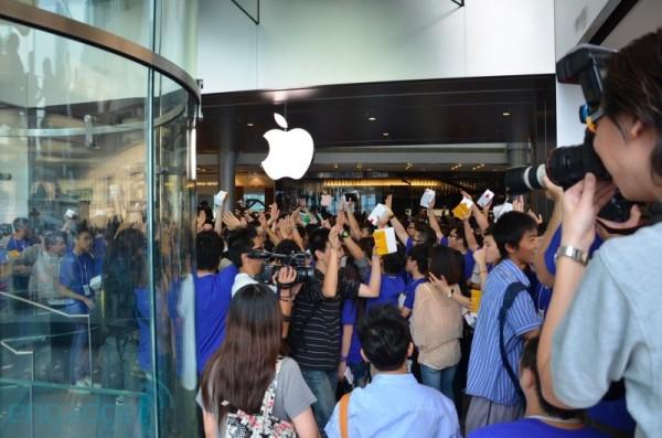 Apple Store de Hong Kong é inaugurada. 24-hongkong02-600x397