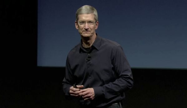 Tim Cook na keynote Lets talk iPhone