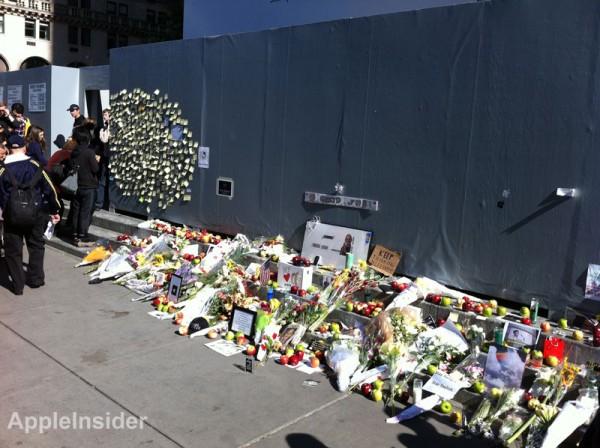 Homenagem a Steve Jobs na loja da Quinta Avenida