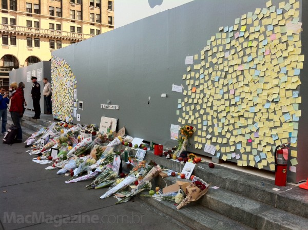 Homenagens a Steve Jobs na loja da Apple em Nova York