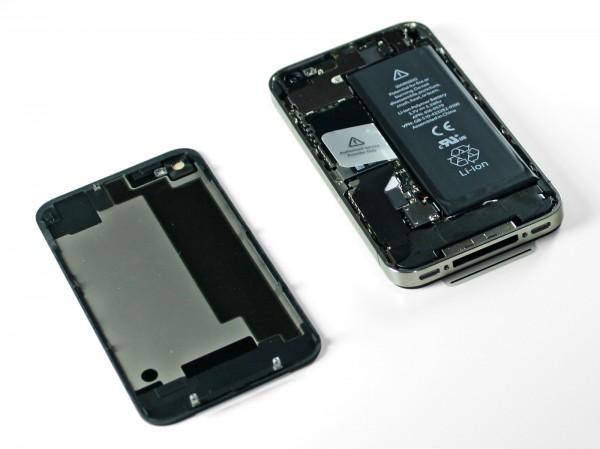 iPhone 4S na iFixit