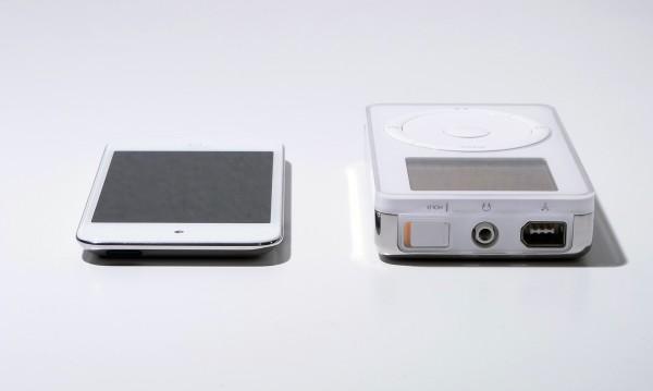 iPod original vs. iPod touch 4G