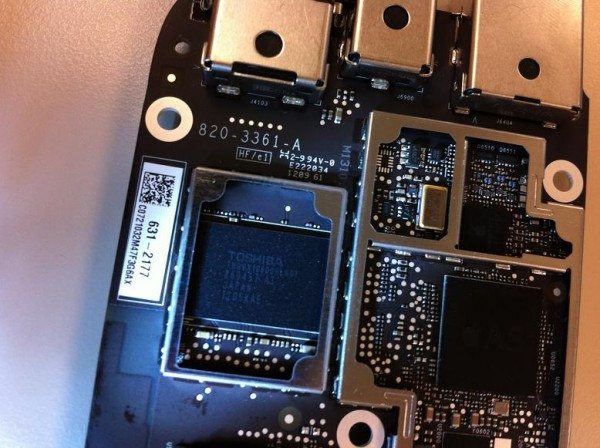 Nova Apple TV desmontada