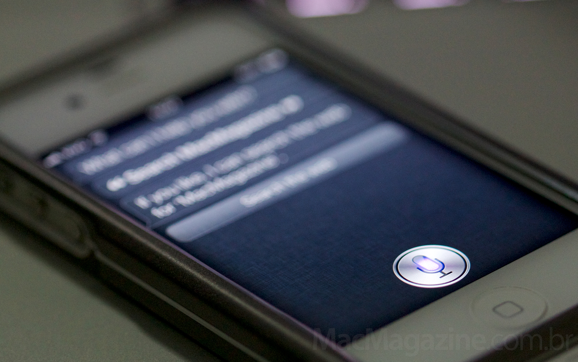 iPhone 4S com a Siri (by MacMagazine)