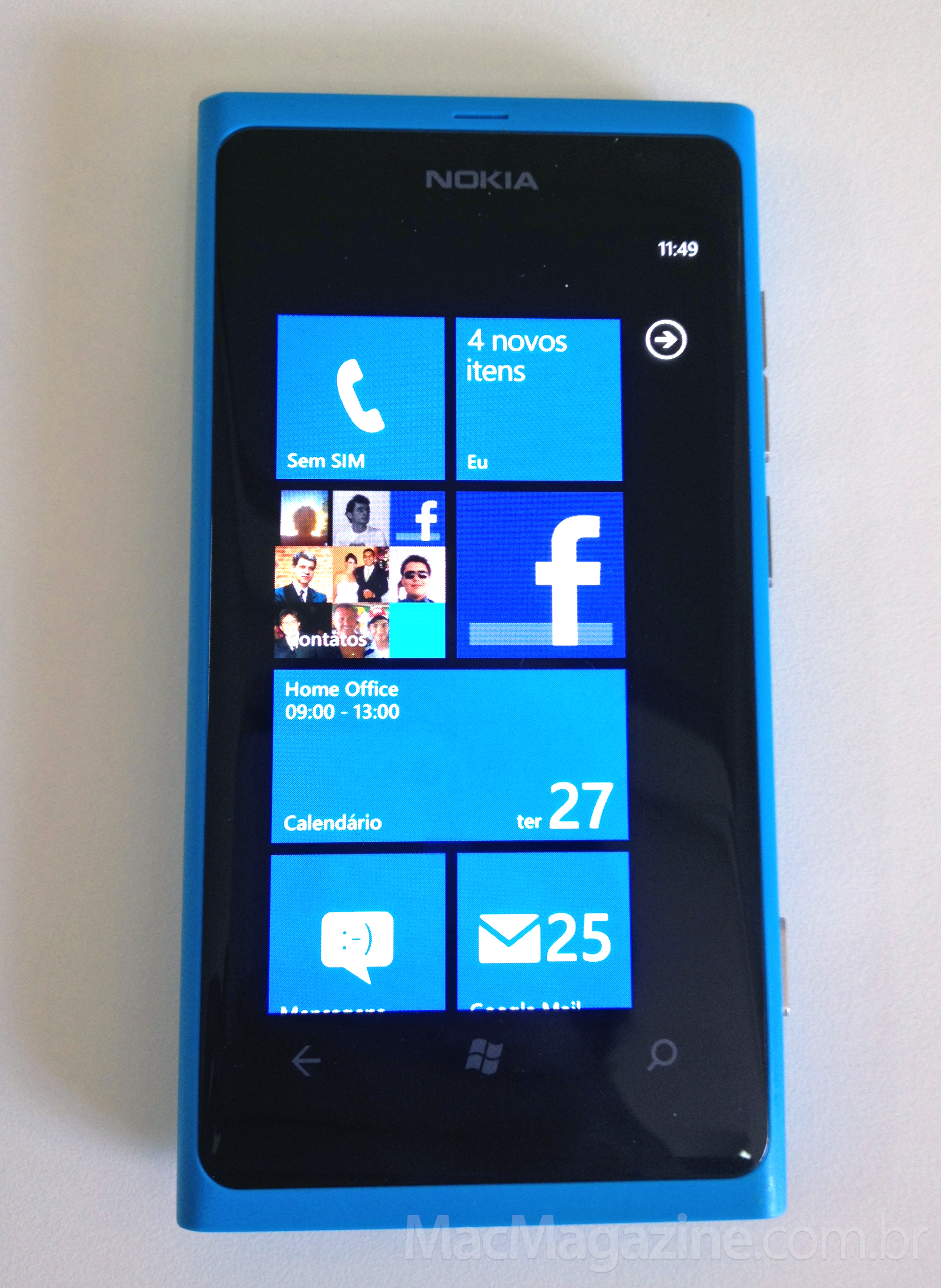 Nokia Lumia 800 com Windows Phone 7