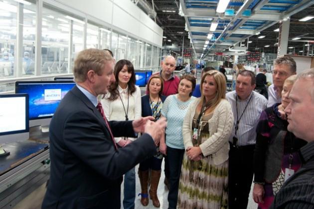 Taoiseach Enda Kenny na Apple em Cork
