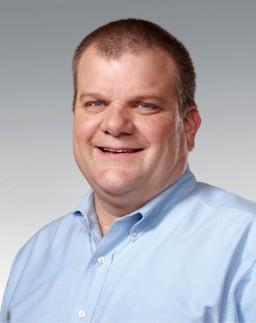 Bob Mansfield, vice-presidente sênior de engenharia de hardware da Apple