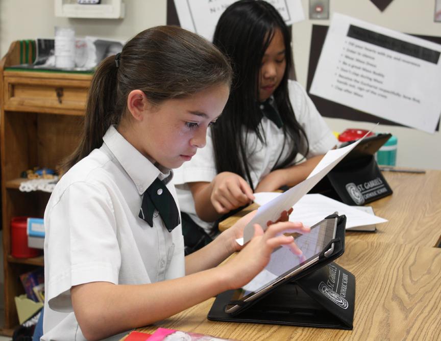 Estudante com iPad