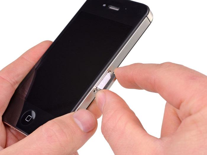 Entrada para cartões Micro-SIM em iPhones 4/4S