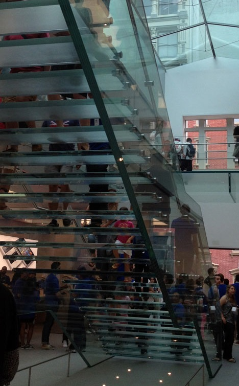 Escada na nova Apple Store, SoHo