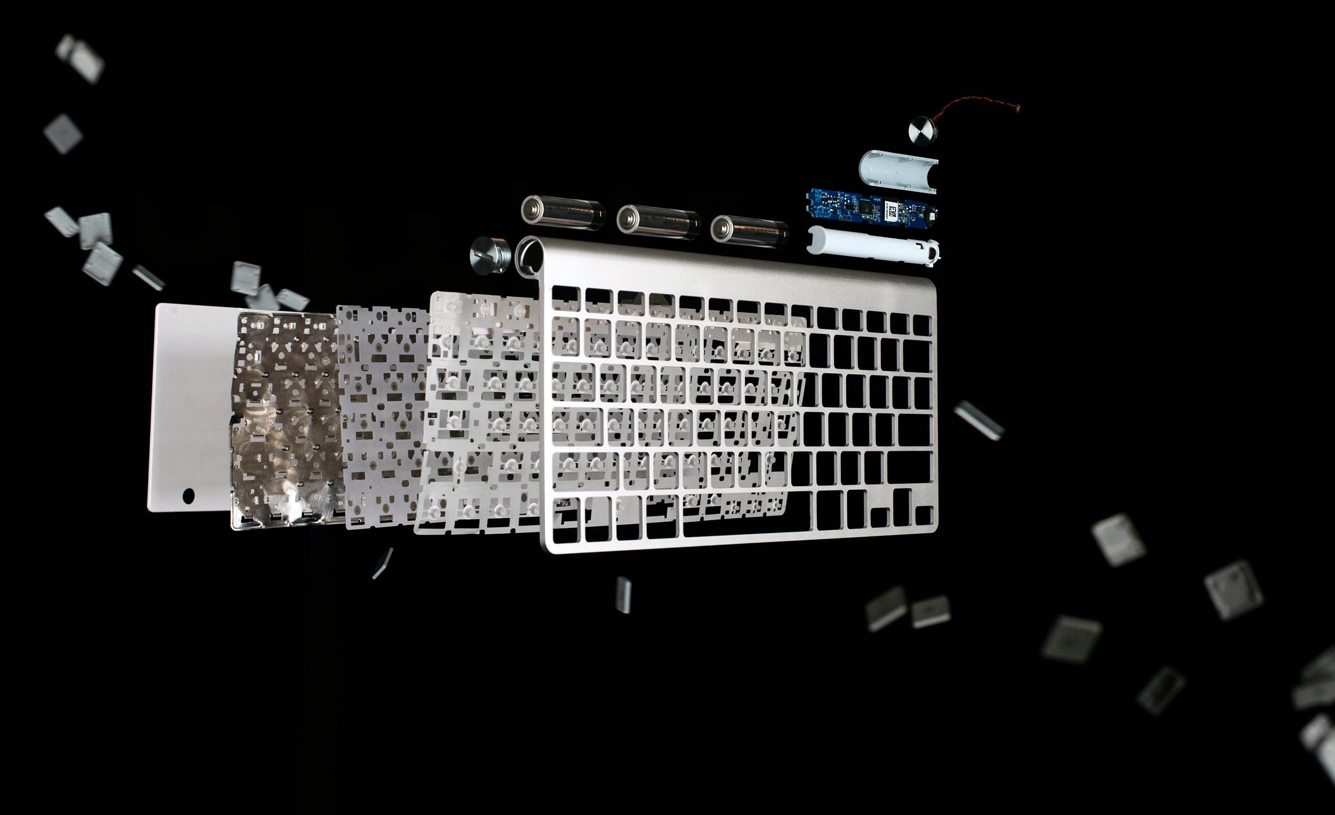 Visão explodida de um Apple Wireless Keyboard