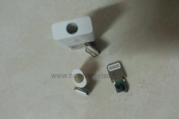 Possível conector 8 pinos do novo iPhone