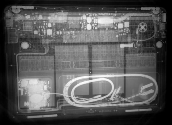 MacBook Air em raio X