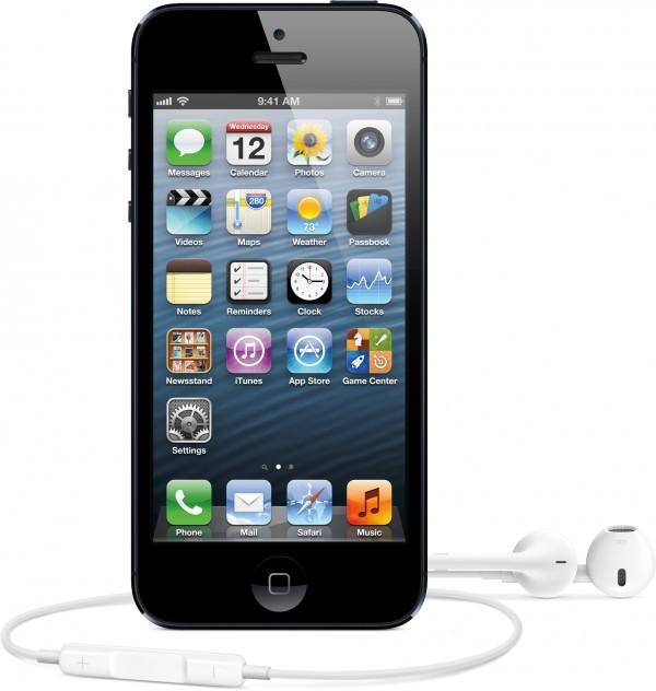 iPhone 5 preto de frente com fone de ouvido
