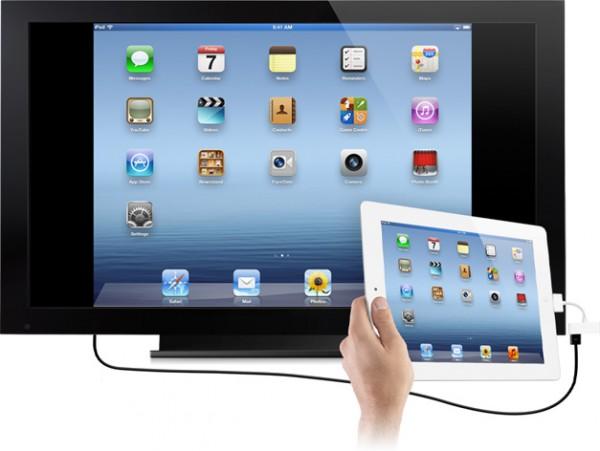 iPad conectado a uma TV via adaptador Digital AV