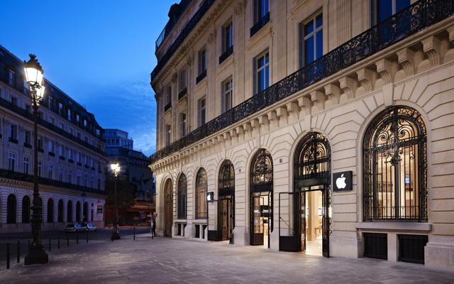 Apple Store, Opéra, no centro de Paris