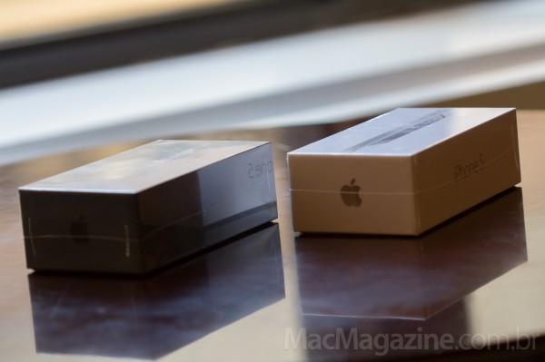 Apple Retail Store da Fifth Avenue, em Nova York, na fila para o iPhone 5