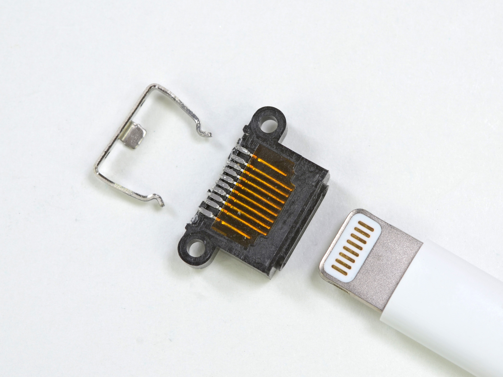 Conector Lightning com 10 pinos