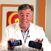 """Vídeo """"Will It Blend?"""" do iPhone 5 e do GALAXY S III (miniatura)"""