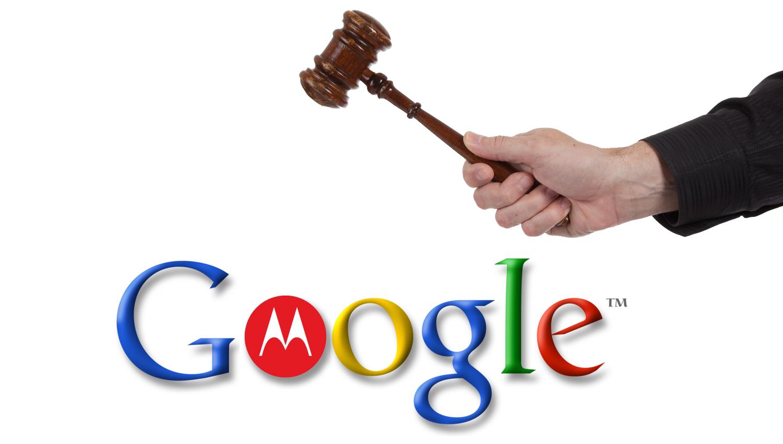 Logo do Google/Motorola com martelo de juiz