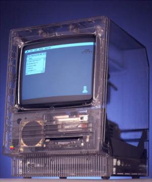 Macintosh SE translúcido