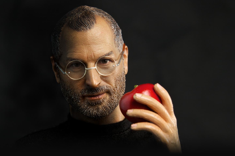 Miniatura de Steve Jobs, da Legend Toys
