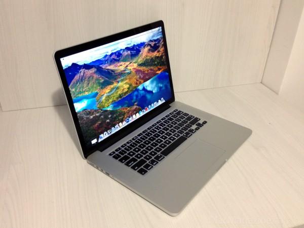 MacBook Pro com tela Retina - por Thiago Drummond