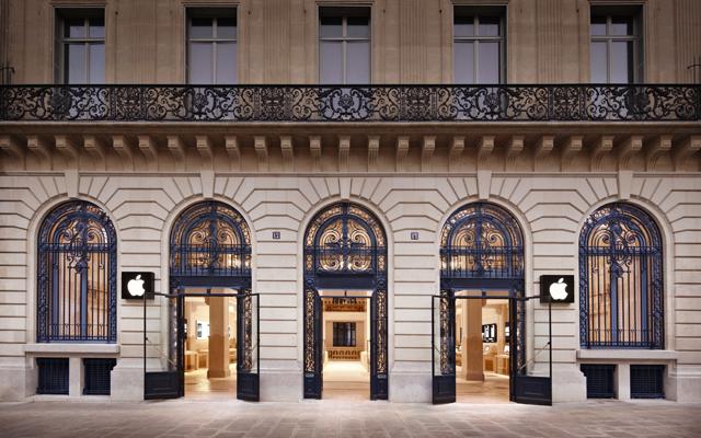 Apple Store, Opéra, no centro de Paris