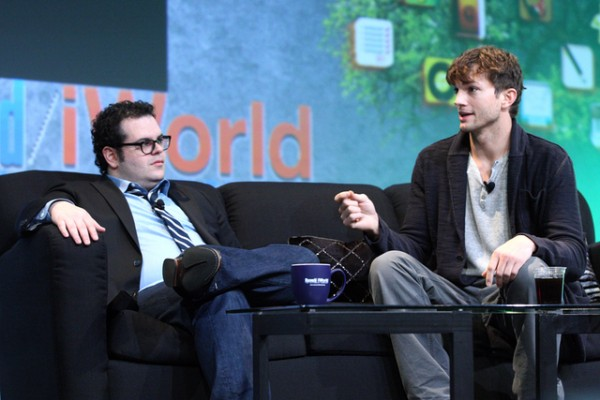 Josh Gad e Ashton Kutcher na Macworld / iWorld 2013