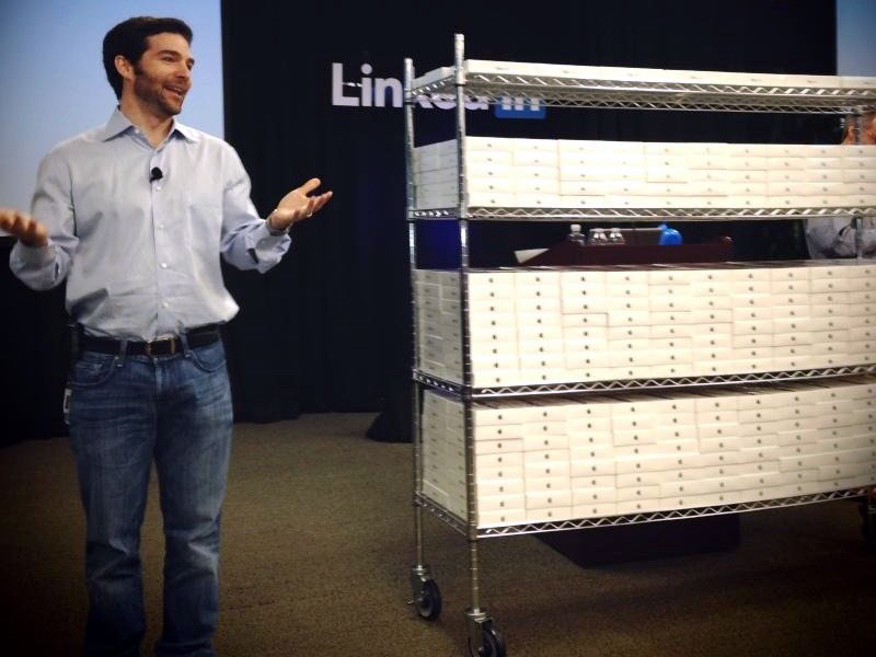LinkedIn dando iPads mini para empregados