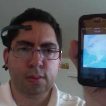 Miniatura do vídeo da Siri sendo controlada pela mente