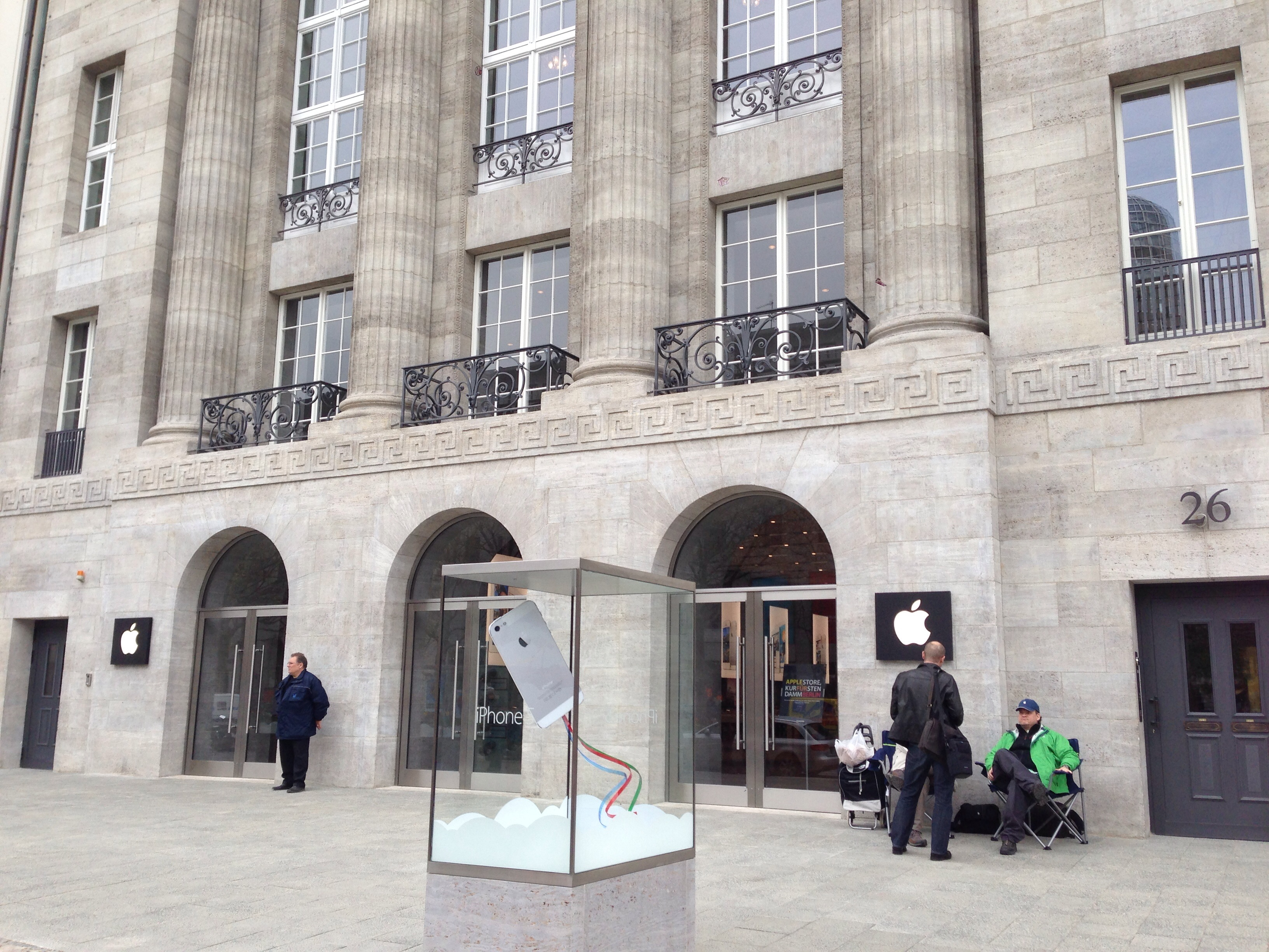 Apple Store - Kurfürstendamm, em Berlim (Alemanha)