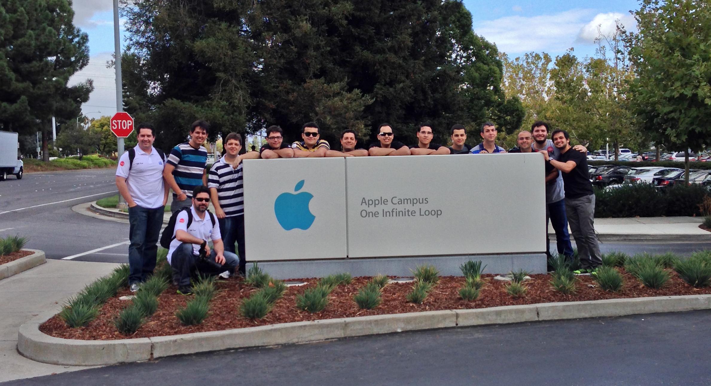 Grupo do MM Tour 2013 na Apple