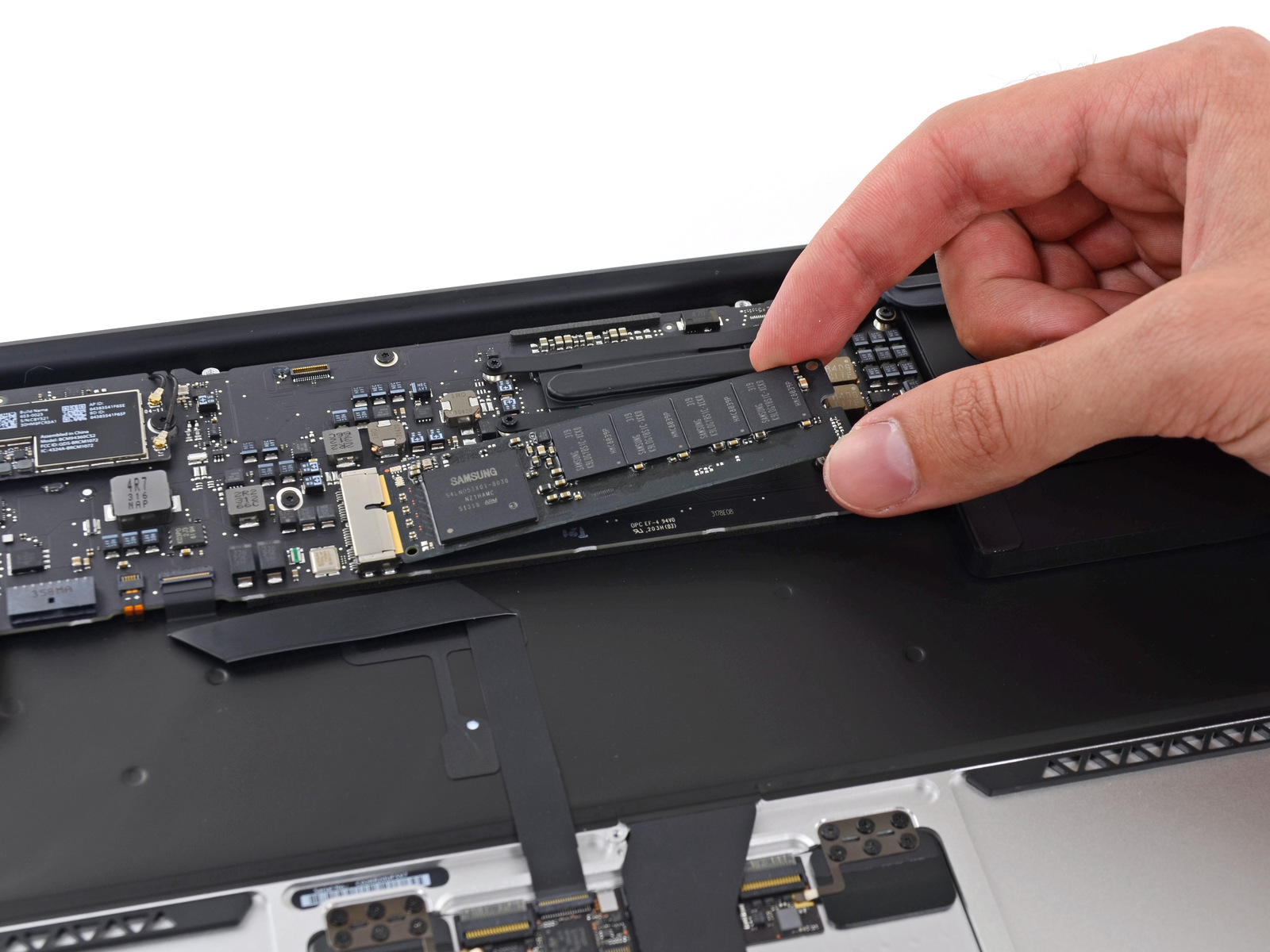 Desmontagem do MacBook Air (2013) - iFixit