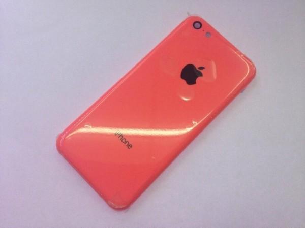 """Carcaça do """"iPhone de baixo custo"""""""